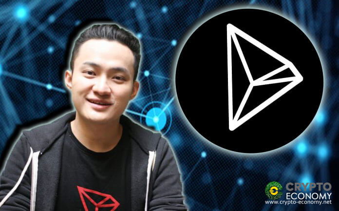 Tron takes it´s TRX to tenth place briefly while their community waits for a big announcement