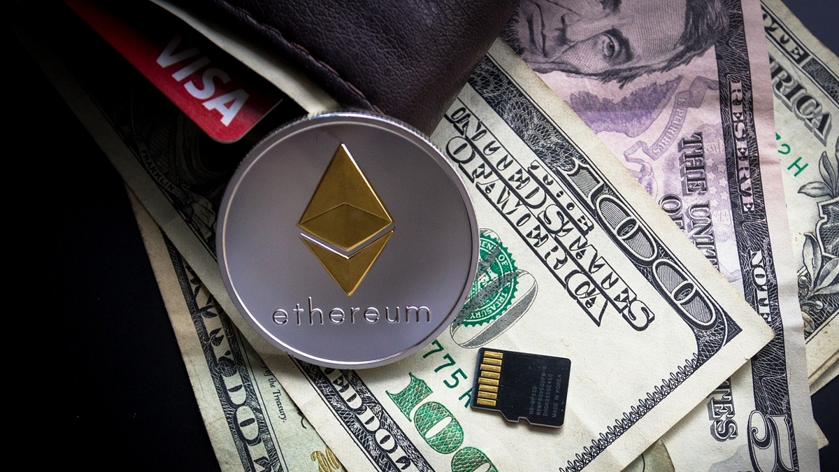 Ethereum (ETH) is Now the Second Crypto Asset in the List of World's <bold>Top</bold> 100 Asset by Market Cap